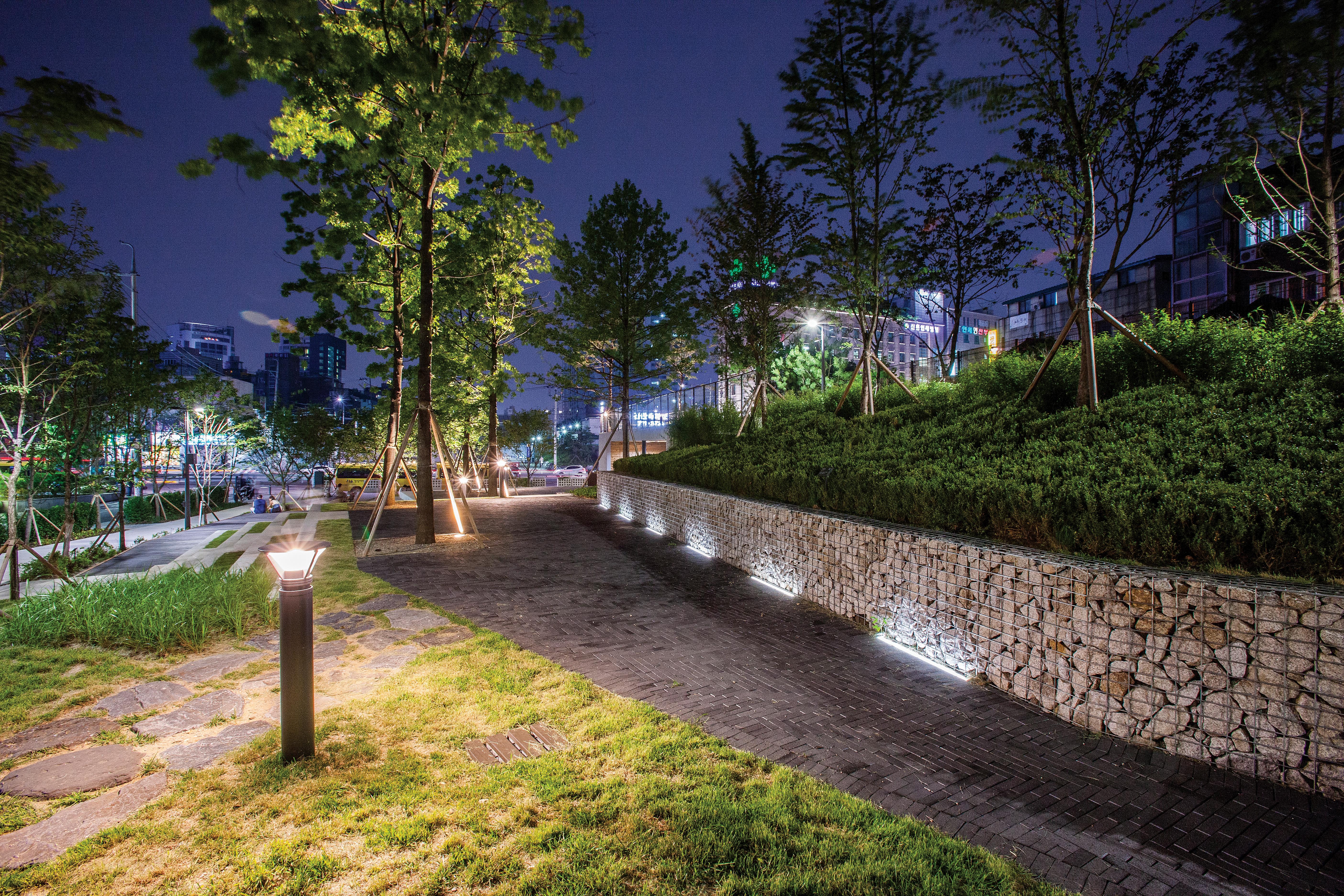 Kiheung reservoir railling lighting design