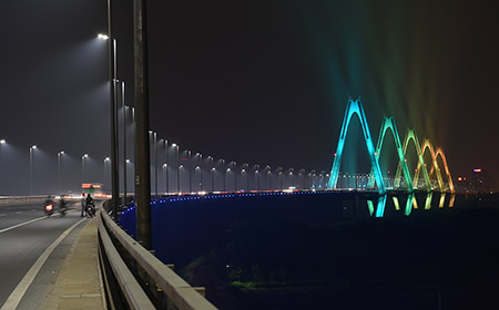 Philips Lighting The Nhật Tân Bridge