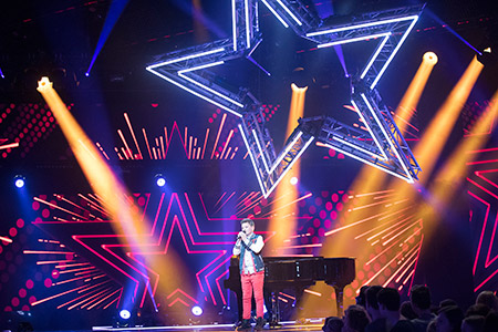 Philips Entertainment Lighting's new Philips VL6000 Beams