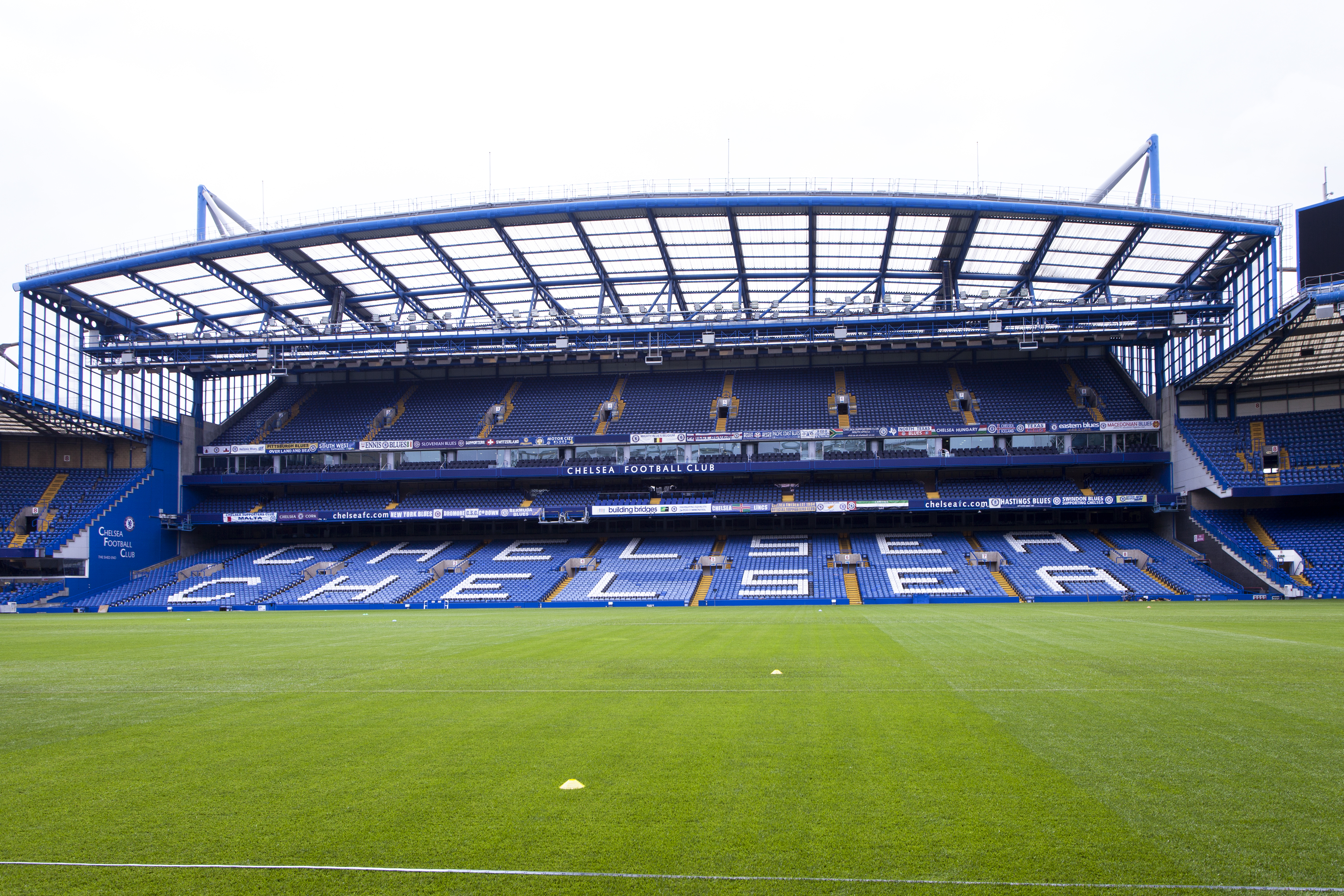 Philips equips Chelsea Football Club to become the world's