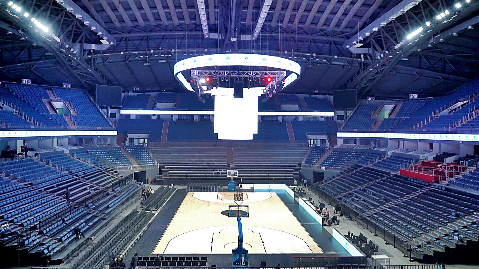 Sinan Erdem Spor Salonu'na Türkiye'nin ilk dinamik LED saha