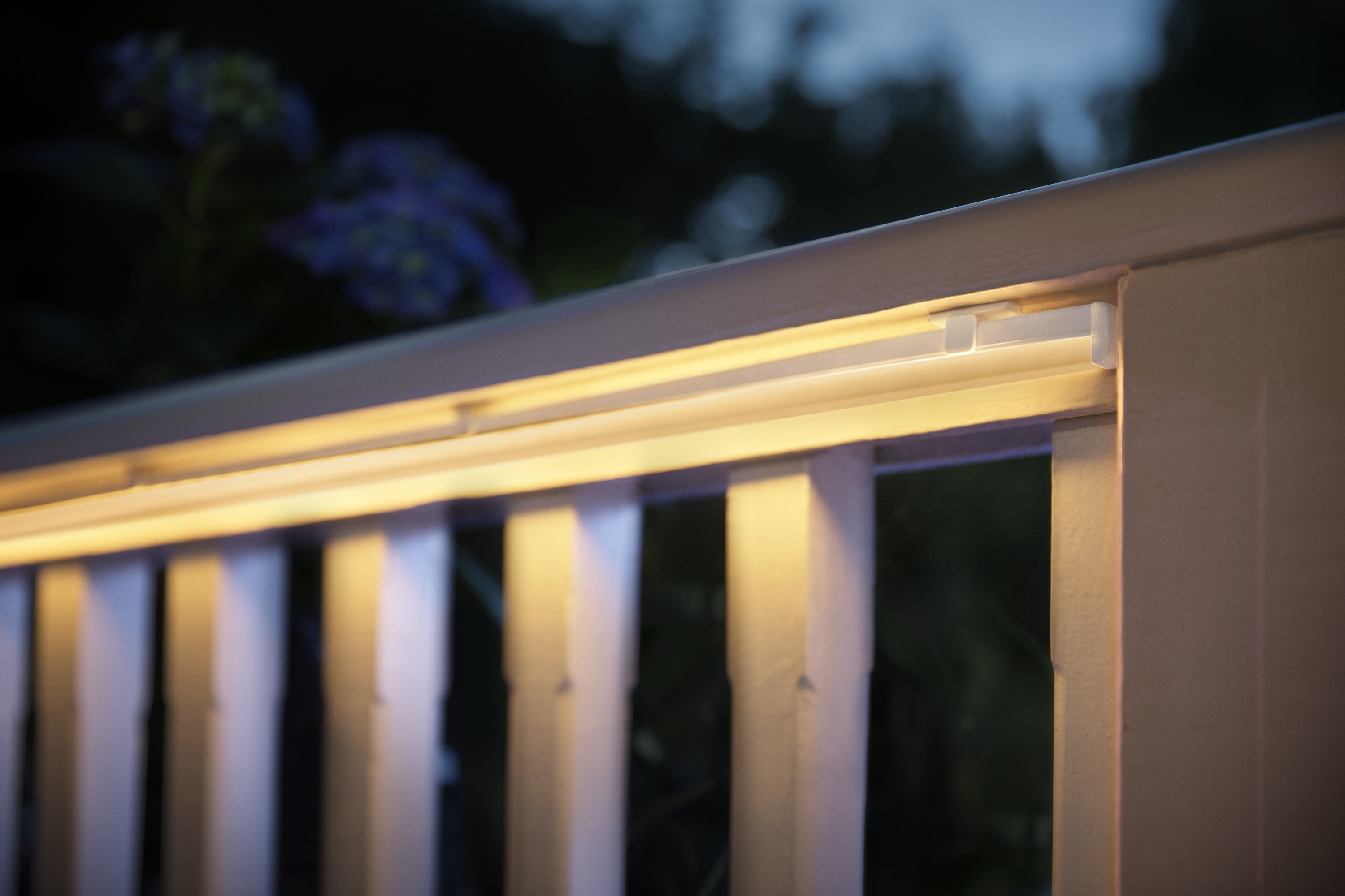 expand your outdoor ambiance with philips hue lightstrip