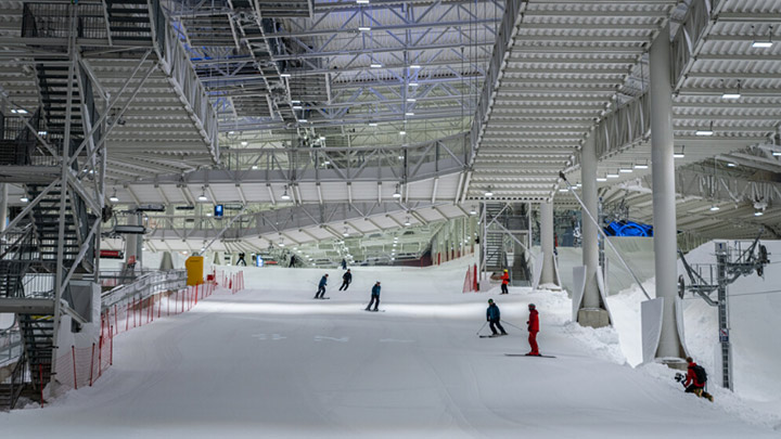 Let it SNØ, Signify lights massive Norwegian indoor skiing facility