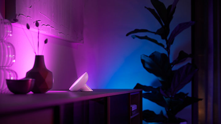 Philips Hue adds brightest bulb