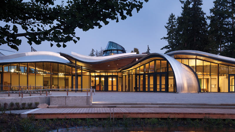 VanDusen Botanical Garden Visitors Center, Vancouver, BC, Canada – Lighting designer: Galina Zbrizher © Nic Lehoux