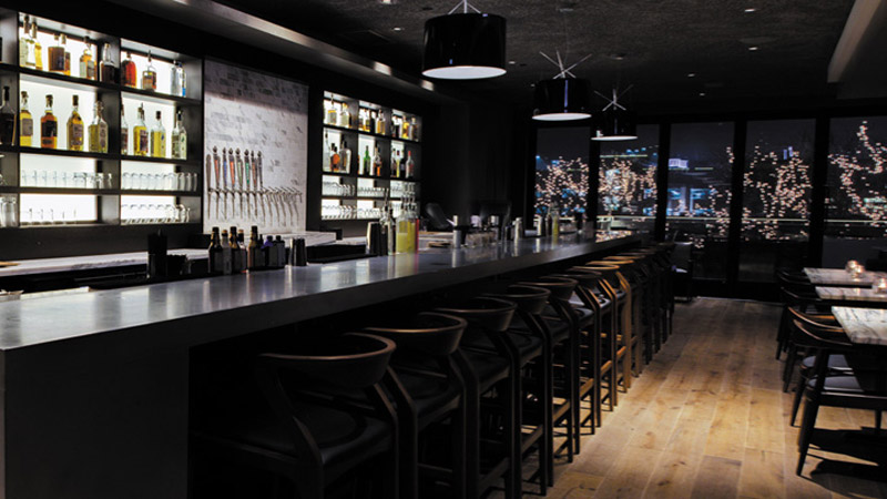 Two Brothers craftsman Cocktail lounge by Two Brothers, Naperville, IL, United States – Lighting designer Peter Hugh © Hugh Lighting Design