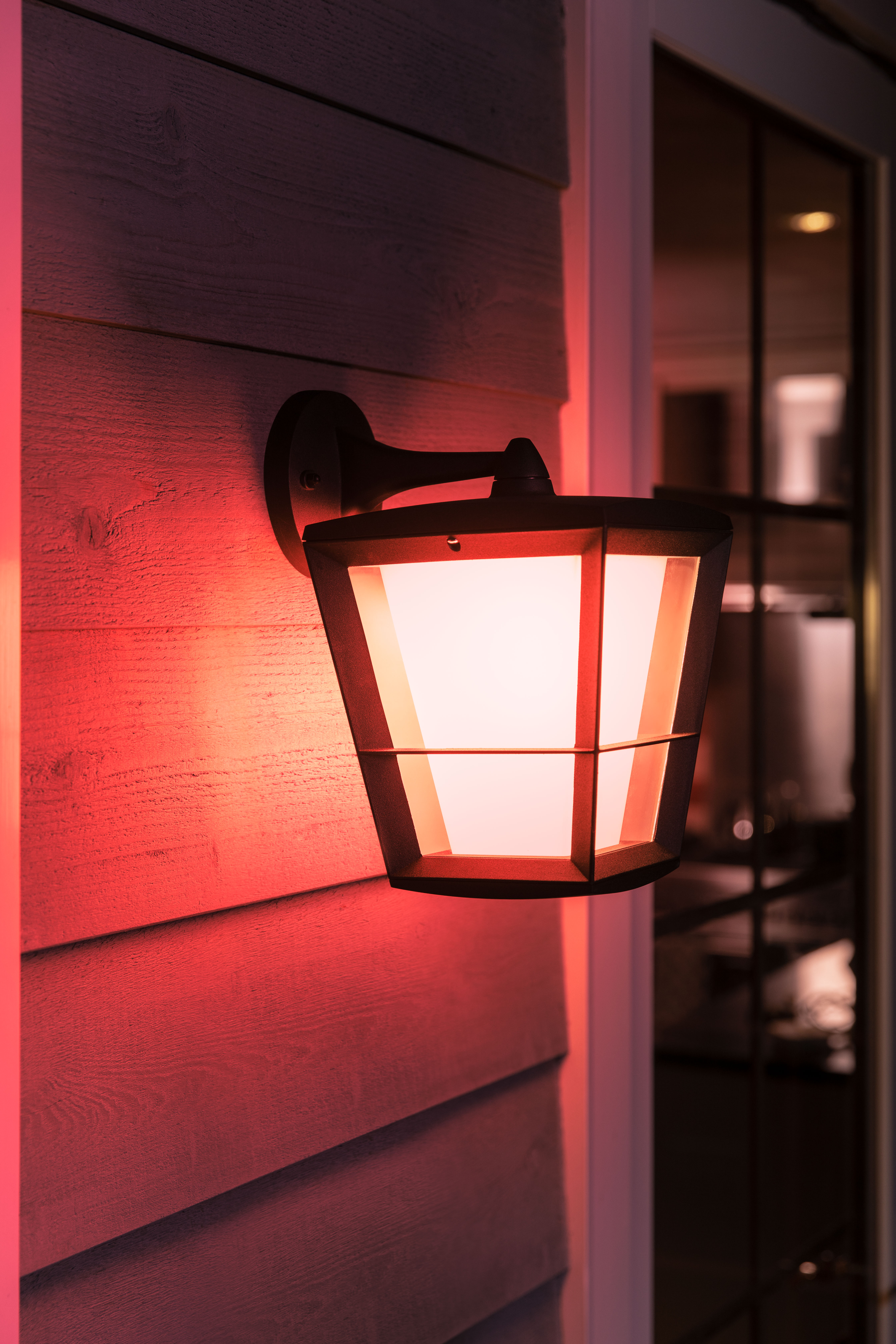 Philips Hue Extends Outdoor Range To Give You More Ways To