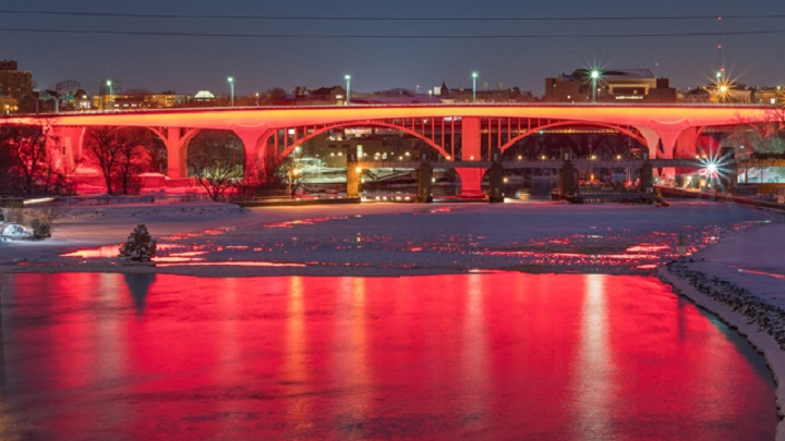 Interstate 35W Bridge to celebrate the big game festivities with immersive LED light shows