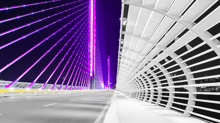 Dynamic LED lighting enhances the beauty and prominence of the cable-stayed bridge, Viaducto de Novena in Colombia